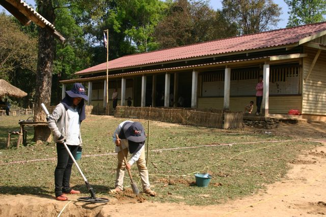 Project Phongsali 2011: When clearing a schoolyard we'd rather be thorough than efficient.